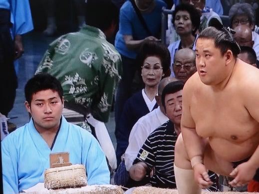 アモーレ番長  男泣かせブログ-お相撲 夏場所 45