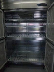 湯河原で豆腐屋を始める小僧のブログ-冷蔵庫2