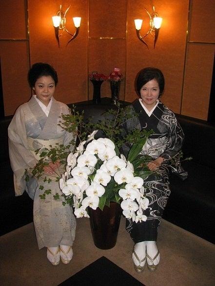 銀座由美ママの心意気-2012年7月31日あかりちゃん&由美ママ