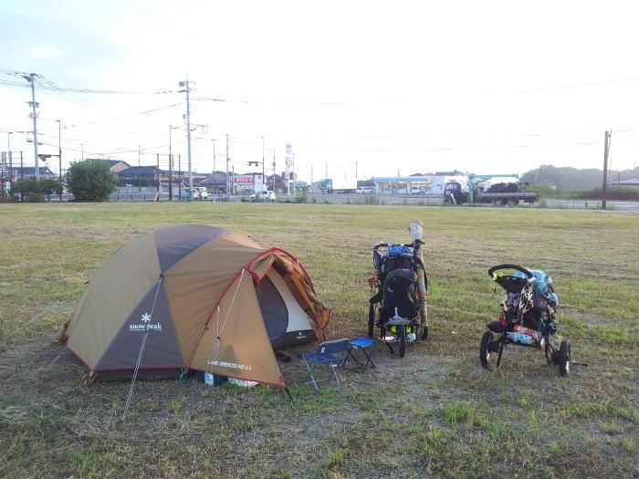 歩き人ふみの徒歩世界旅行 日本・台湾編-空き地でテント