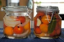 つじの蔵 旬のブログ-ミニトマトのピクルス