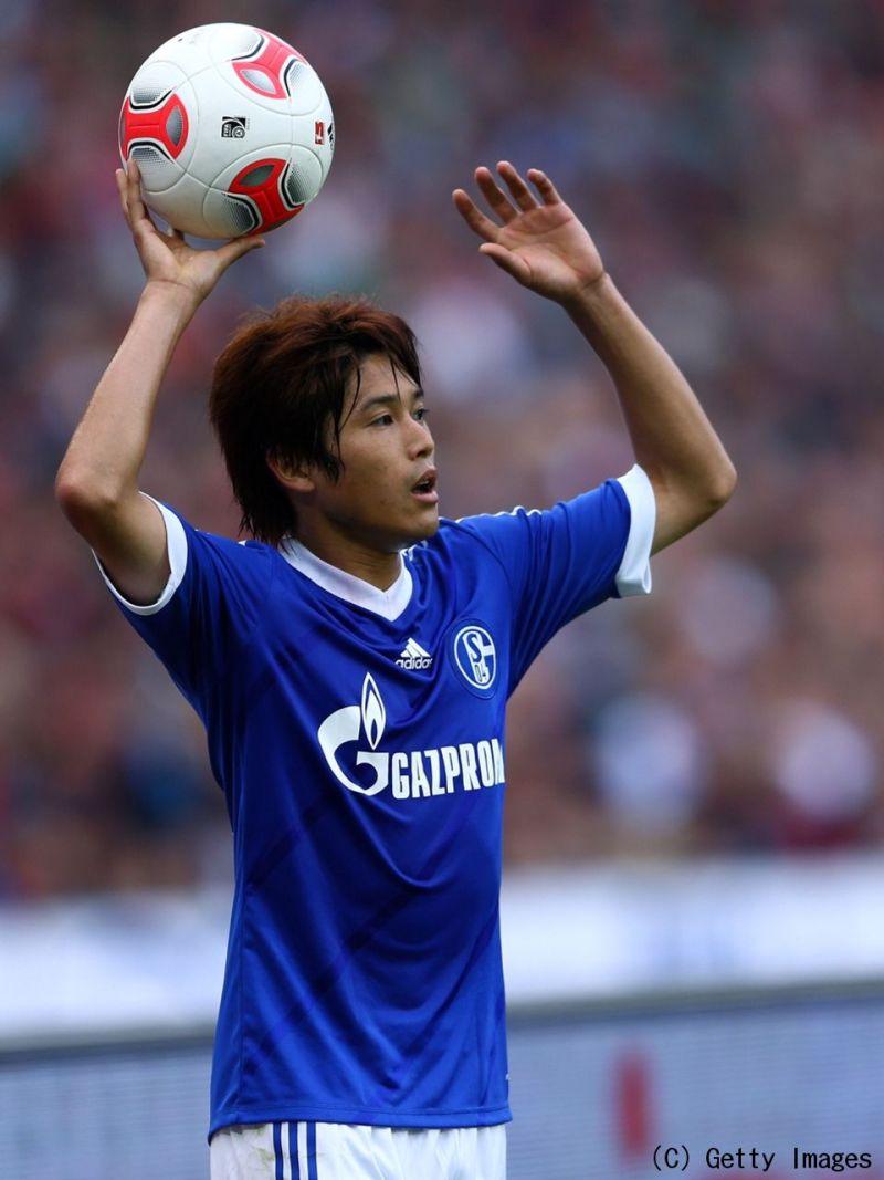 シャルケ右サイドバック内田篤人は 桁外れな自制心を持つ選手 と特集