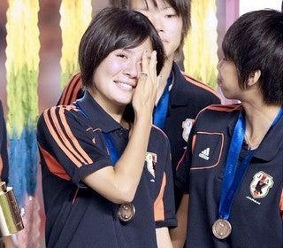 ヤングなでしこ サッカー日本代表 史上初銅メダル U-20女子ワールドカップ授賞式 銅メダリスト 数々の受賞 猶本光