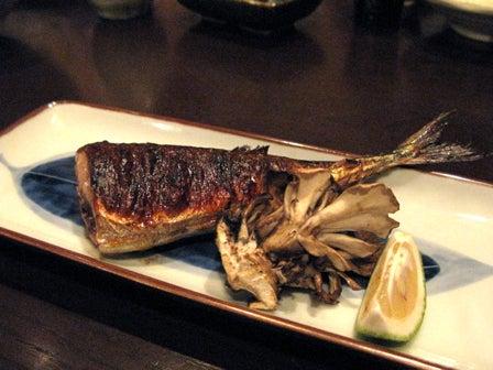 椿の『B級ご当地グルメ保存委員会』-秋刀魚の肝醤油焼き