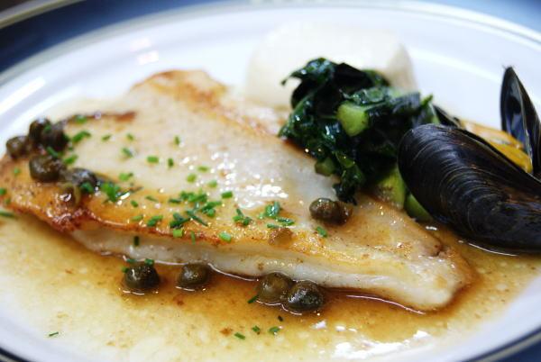 食べて飲んで観て読んだコト+レストラン・カザマ-活〆黒ガレイのポワレ