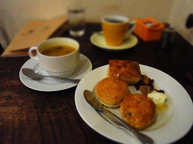 吉祥寺 Bakery&Cafe Restaurant MUSUIさんのスコーン