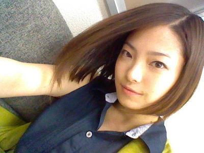 さらさらショートボブの岩瀬佑美子