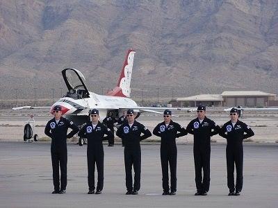 アメリカ空軍の航空ショー | 千...