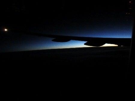 $すずきの通信-飛行機の窓から2