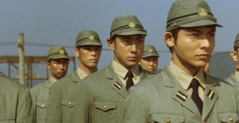 海軍予備士官と兵学校卒士官の対...