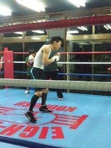 18鴻巣ボクシングジム-121027_1950~01.jpg