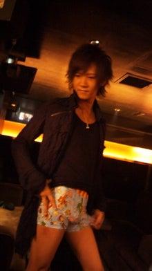 歌舞伎町ホストクラブ ALL 2部:街道カイトの『ホスト街道を豪快に突き進む男』-121029_072448.jpg