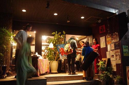 *カンボジアの綿クロマーと赤ちゃん帽子のお店*-カフェリーロン