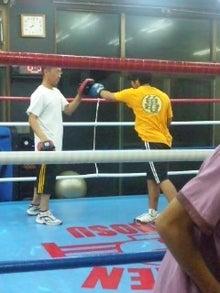 18鴻巣ボクシングジム-121023_2000~01.jpg