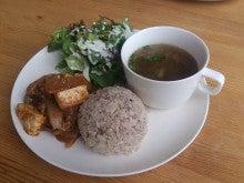 Cafe Leaf [カフェ リーフ]                    栄養士がおすすめするヘルシーお豆富の創作料理