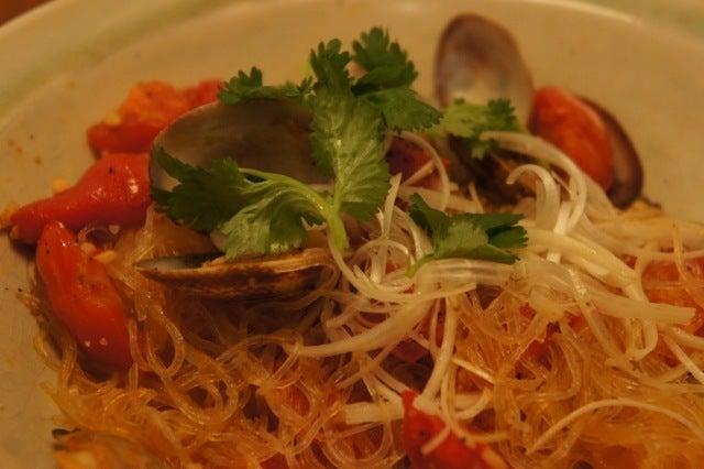 玄米花子のお料理レシピ-浅利とトマトの春雨炒め11月分カコママ