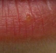 唇小さい 口の大きさの測り方と平均サイズまとめ!メイクで大きさを変えられる!