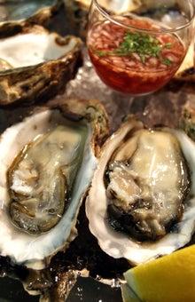 食べて飲んで観て読んだコト+レストラン・カザマ-牡蠣
