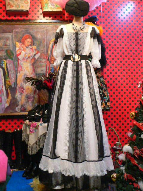 dc90225271add 1970年代ヴィンテージレースゴシックドレス! Goghゴッホ ヨーロッパ古着 ...