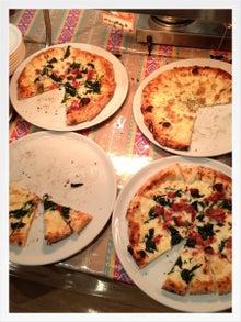 一人暮らしの男はなぜかチャーハンを極めたがる-ピザ