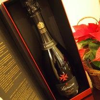 おうちクリスマスワインはシャンパーニュか赤ワインかな?の記事に添付されている画像