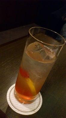 食べて飲んで観て読んだコト+レストラン・カザマ-シンガポールスリング