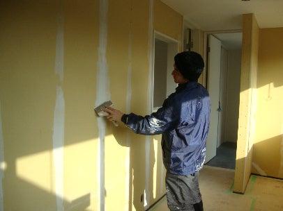 カフェの様に落ち着く・癒される部屋にリフォームして暮らす♪珪藻土・漆喰で 塗り壁施工。-漆喰塗り替え・羽曳野5