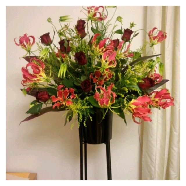 開店祝いのお花をお届けしました;