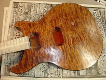 ギター工房 ヴァリアス ルシアリー-24