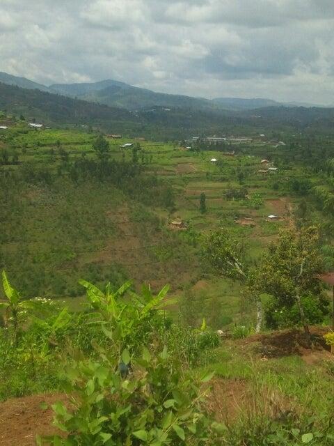 ギコンゴロの虐殺記念館≪ルワンダ旅行記≫ | すべての国がオモシロイ ...
