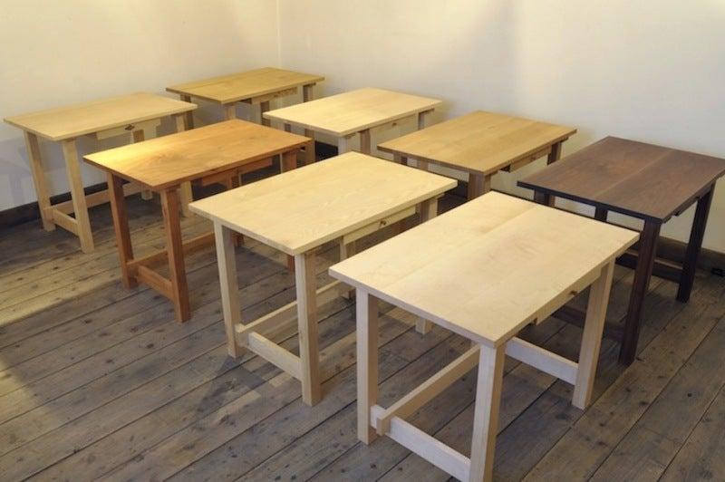$100年使う 無垢のオーダー家具をつくる! 長野市善光寺界隈 家具屋店主 善五郎 無垢の家具と、アートギャッベのある暮らし。