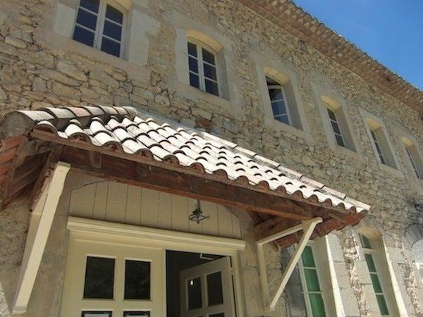 プロヴァンスのブログ,石造りの建物