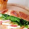 りんごとチーズ・・・サンドイッチの画像