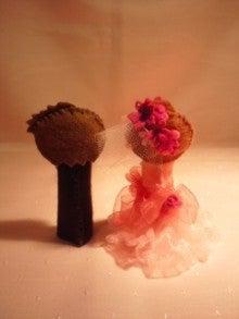 $Handmade glove  puppet          フェルトで指人形-カラードレス赤バック