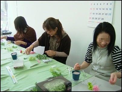 $名古屋小牧で花教室 初めての押し花・プリザーブド・ボトルフラワー