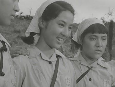 女子学生1