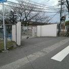 卒業シーズンと名島小学校。の記事より