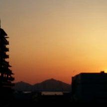 日の沈む場所