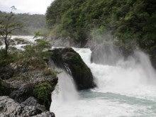 LUCHOの私的チリ潜入記-滝1