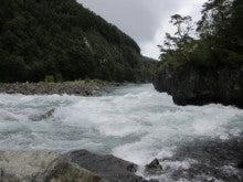 LUCHOの私的チリ潜入記-滝3