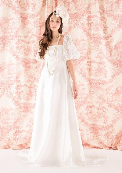 上品な袖ありの大人エンパイアライン、新作ドレスです。|ウエディングドレスショップ ドレスマニア のアトリエ日記