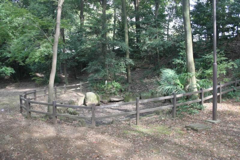 中和田城/小次郎池
