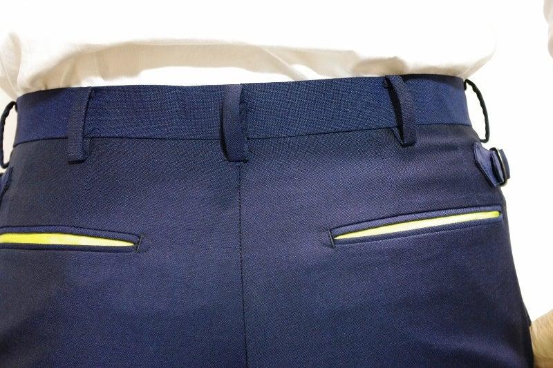 渋谷でスーツならavance青山店のブログ-ポケット中配色