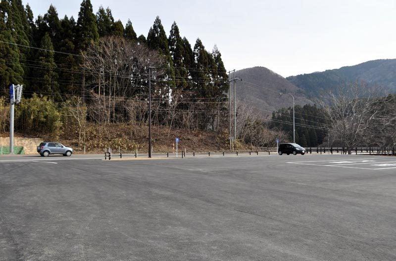 $白神山地ツアーの白神なびスタッフブログ-秋田県八峰町のJR五能線撮影スポット駐車場5