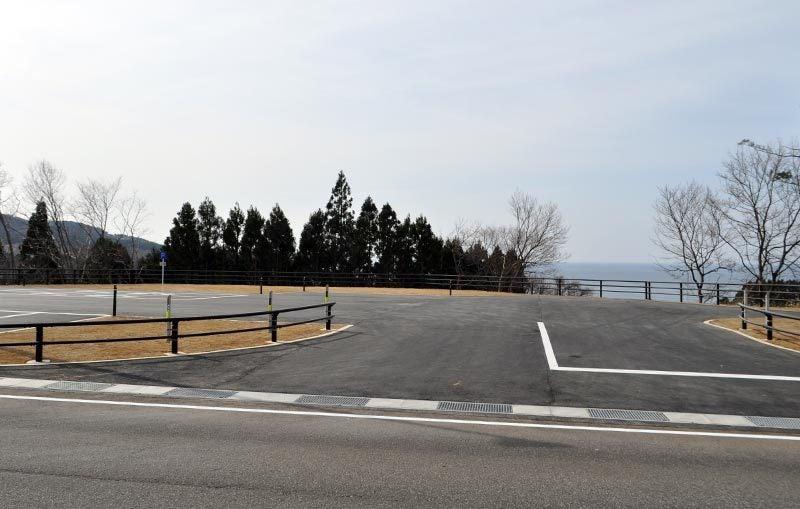 $白神山地ツアーの白神なびスタッフブログ-秋田県八峰町のJR五能線撮影スポット駐車場2