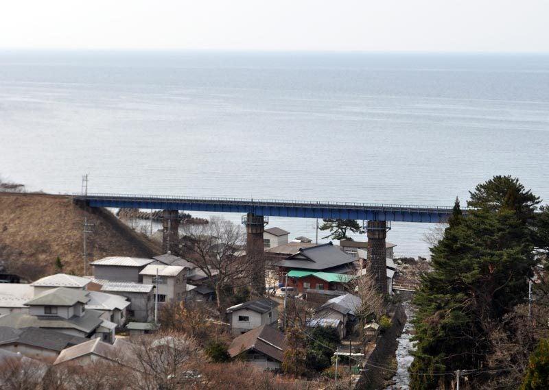 $白神山地ツアーの白神なびスタッフブログ-秋田県八峰町のJR五能線撮影スポット駐車場7
