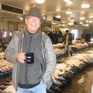 ホノルル魚市場の朝の記事より