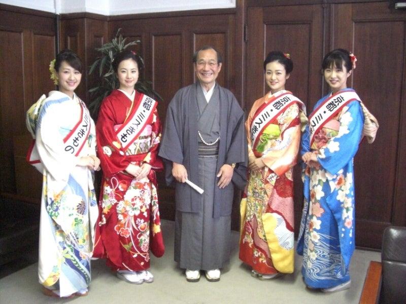 京都きものオーディション-京都市長門川様と写真