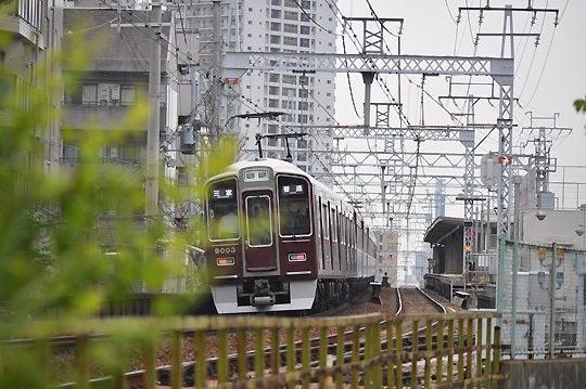 130420_阪急電車4