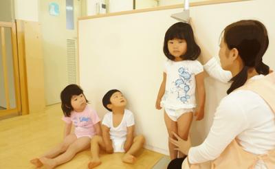 子ども:身長測定